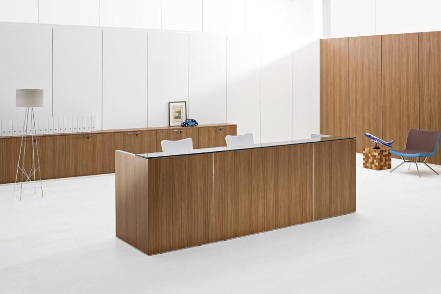 Arredi recepion ufficio mobili banconi reception ufficio for Mobili ufficio reception